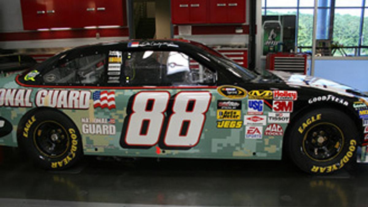 Earnhardt brings new paint scheme to Daytona