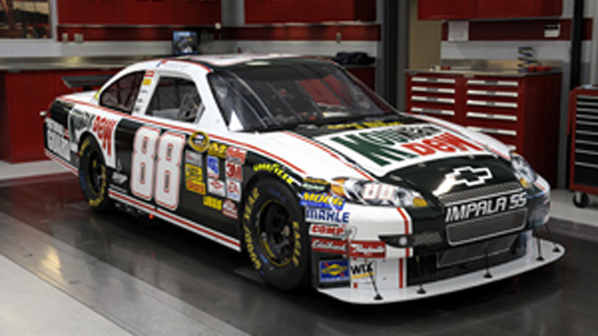 Earnhardt's ride goes retro this weekend