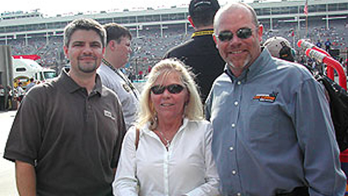 GMAC Insurance Agent Shares Spotlight at All Star Race