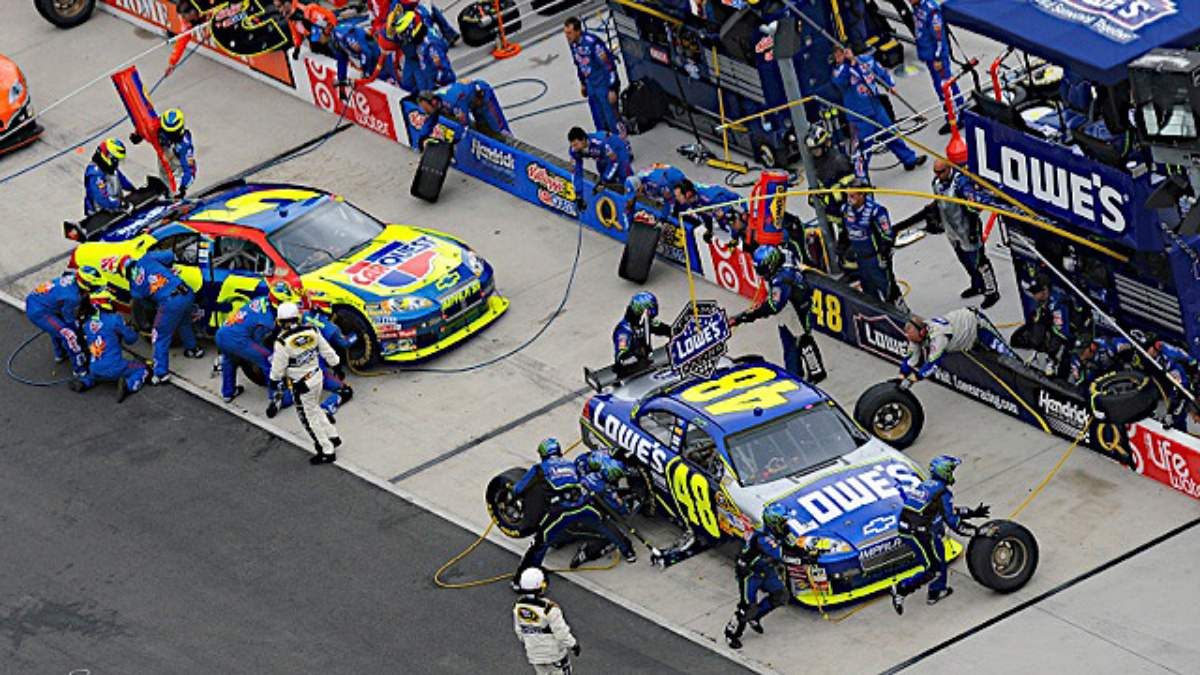 Heat workouts propel pit crews