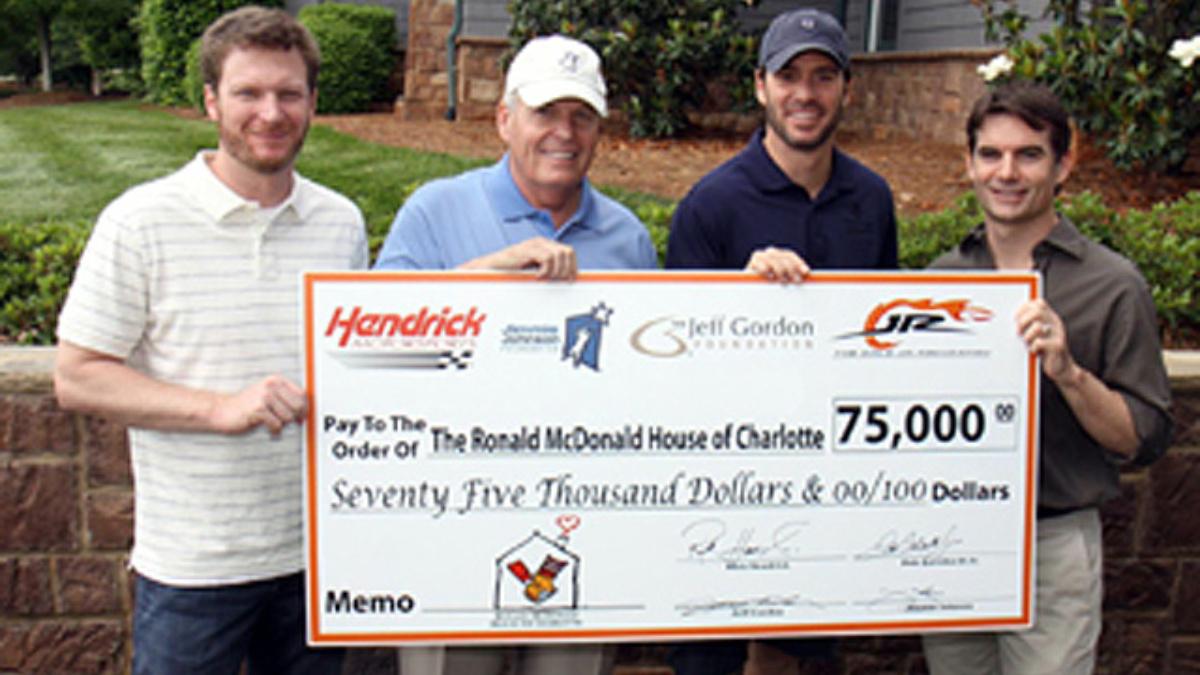 Hendrick drivers support Ronald McDonald House of Charlotte