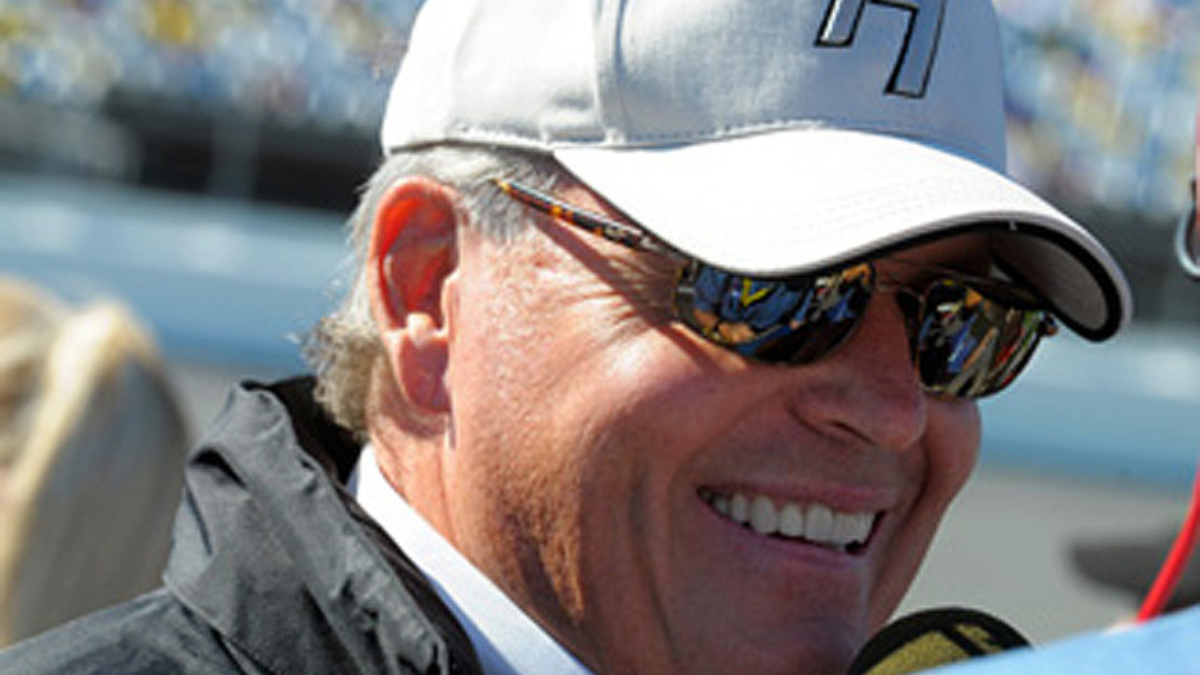 Hendrick to be inducted into Infineon's Wall of Fame on Friday