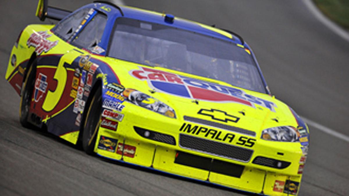 Indianapolis qualifying: Martin takes pole, Earnhardt third