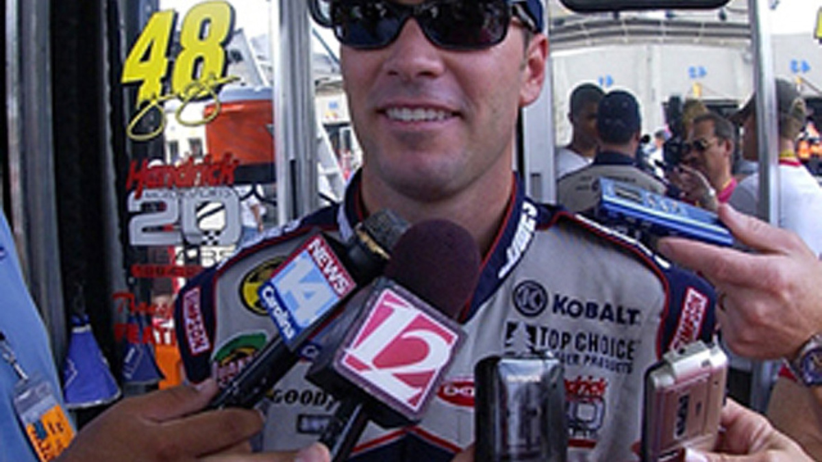 Jimmie Johnson to Appear on 'Live with Regis and Kelly'