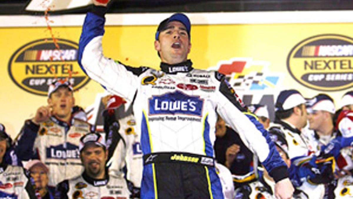 Johnson & Team Lowe's Prevail at Daytona