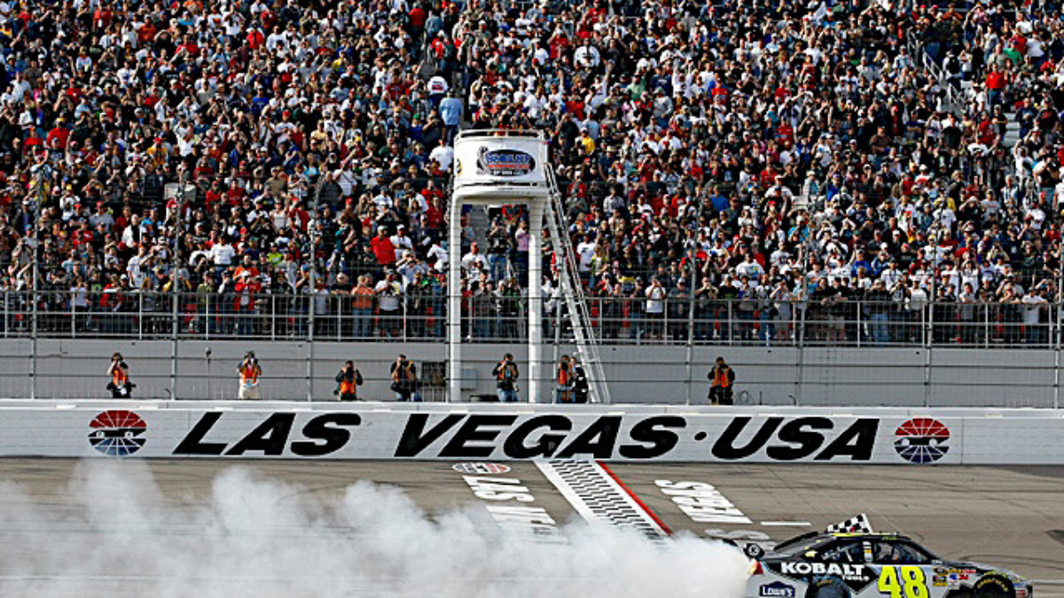 Las Vegas recap: Johnson wins, Gordon and Martin round out top four