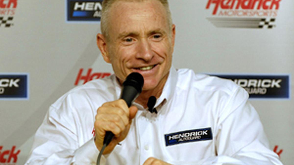 Mark Martin back with Hendrick Motorsports at Michigan