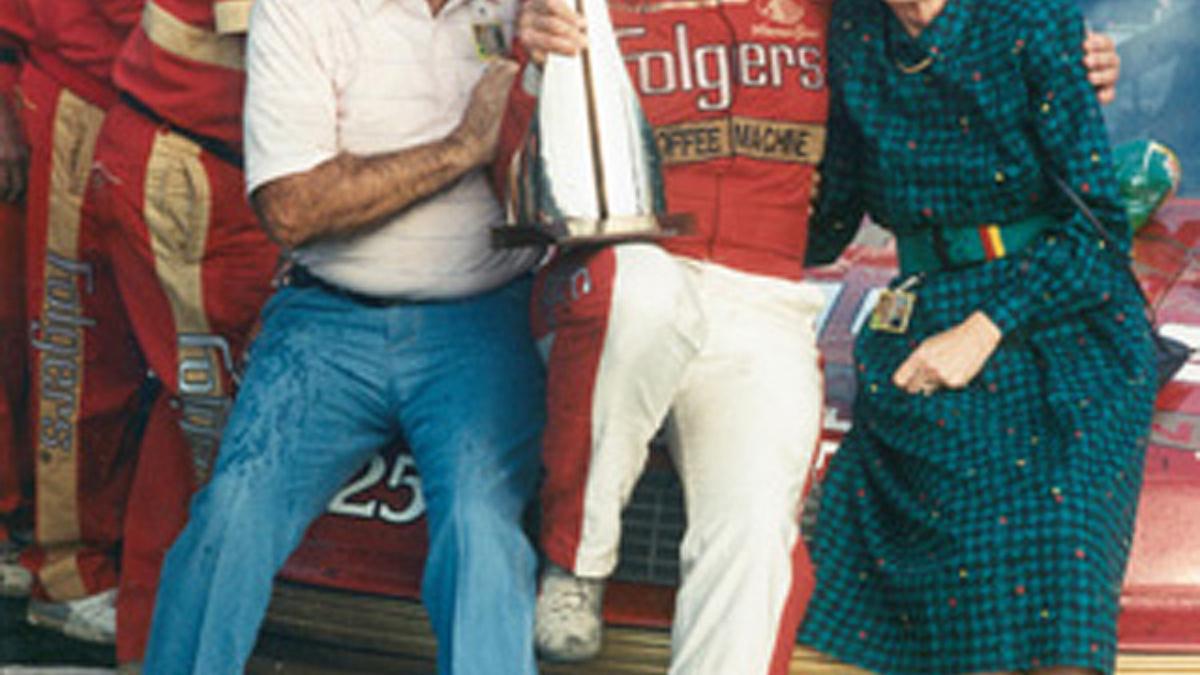 Papa Joe Hendrick:  1919-2004