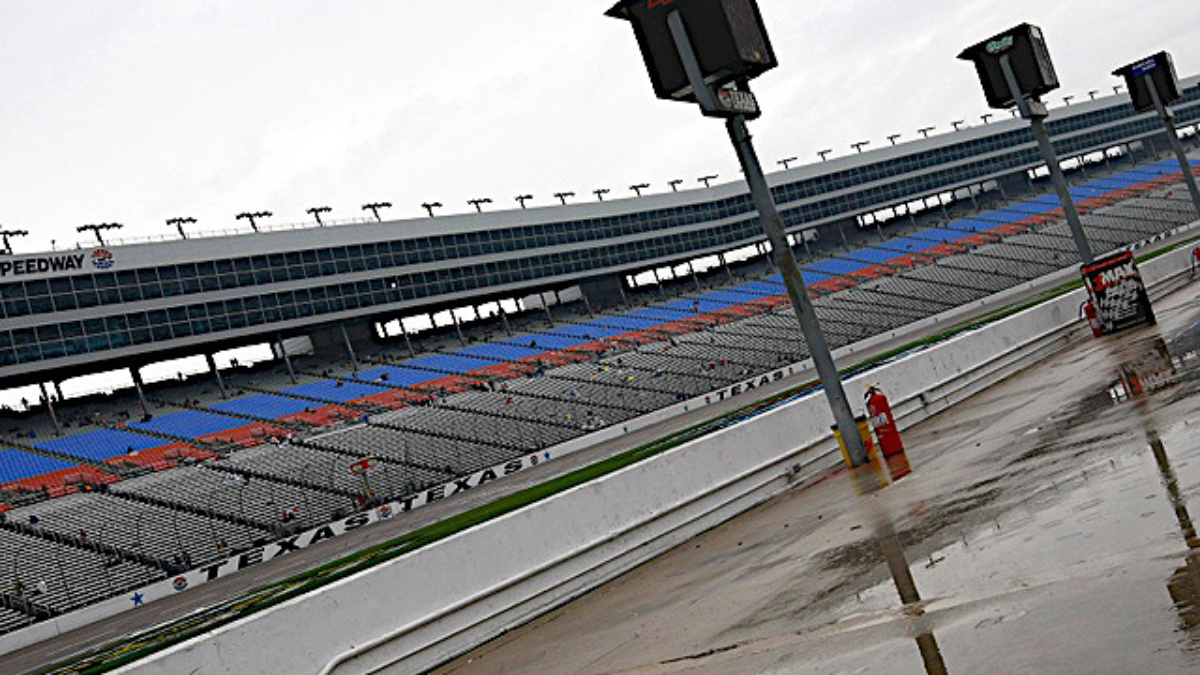 Texas race postponed to Monday