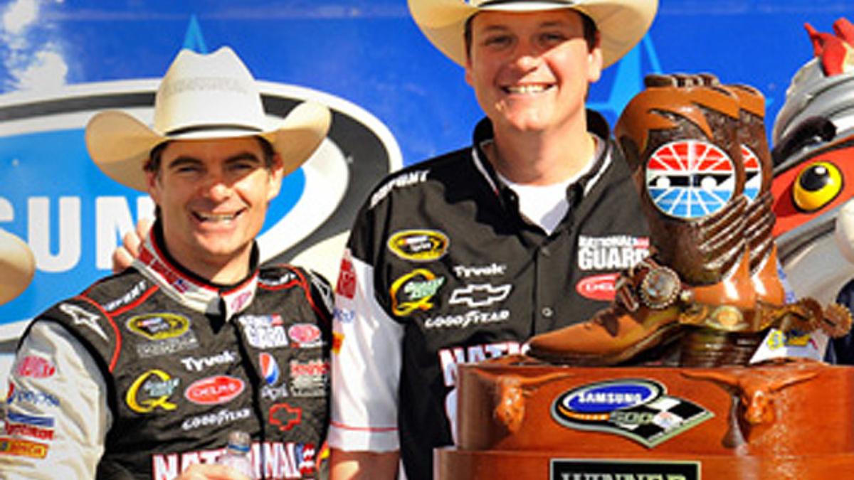 Texas recap: Gordon earns first win since 2007