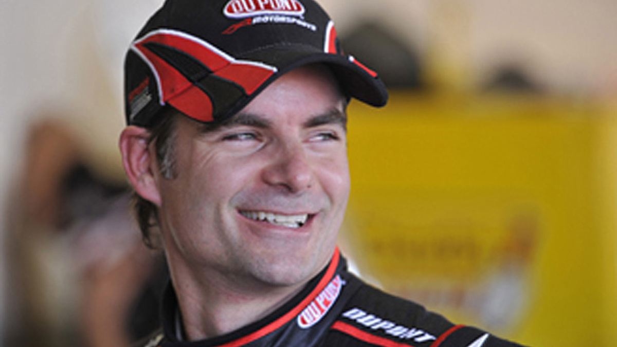 The Jeff Gordon Foundation toasts 'A Decade of Caring'  with $2.5 million pledge