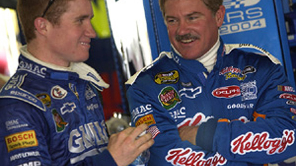 Vickers, Busch Fast in Final Practice at Lowe's