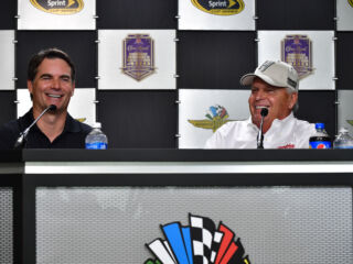 Gordon, Hendrick excited to see Earnhardt 'in great spirits'