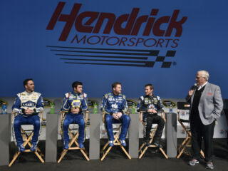 Hendrick: 'The team's fired up' on verge of 2016 green flag