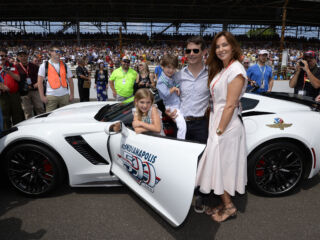Gordon leads Indianapolis 500 field to green: 'A huge thrill and a huge honor'