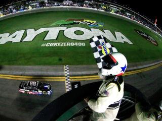 'Phenomenal race car' powers Earnhardt to Daytona victory