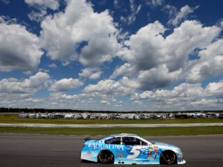 'Crazy' incident ends Kahne's day at Pocono