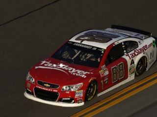 Race Recap: Earnhardt finds top-15 in caution-filled Unlimited