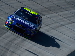 Johnson to lead teammates to Bristol green flag