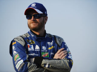 Earnhardt to miss next two races&#x3B; Gordon to fill in
