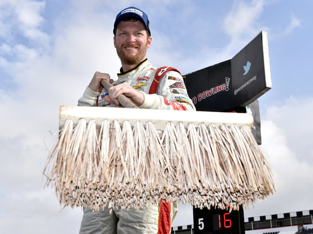 Chassis that earned 2014 Pocono sweep back for Dale Earnhardt Jr. at Las Vegas