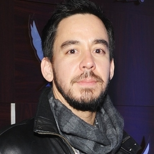 """Mike Shinoda of Linkin Park - Talks Rakim Collaboration, Says He's On The """"Kendrick Got Robbed"""" Team From The Grammy's"""