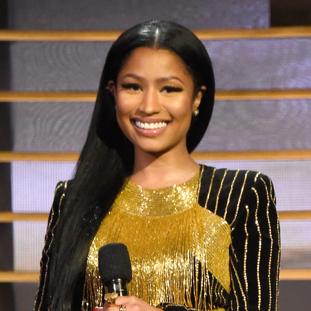 Nicki Minaj Wins Favorite Hip Hop Artist At 2016 People's Choice Awards