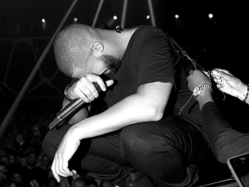 """Drake's """"VIEWS"""" Was Highest-Selling Album Of 2016 