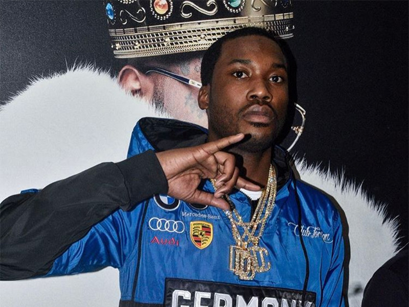 Meek Mill Shows Off His New Girl Nessa Colombiana In Dubai
