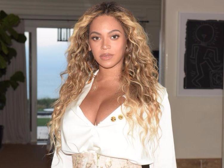 Beyoncé's Wax Fig...