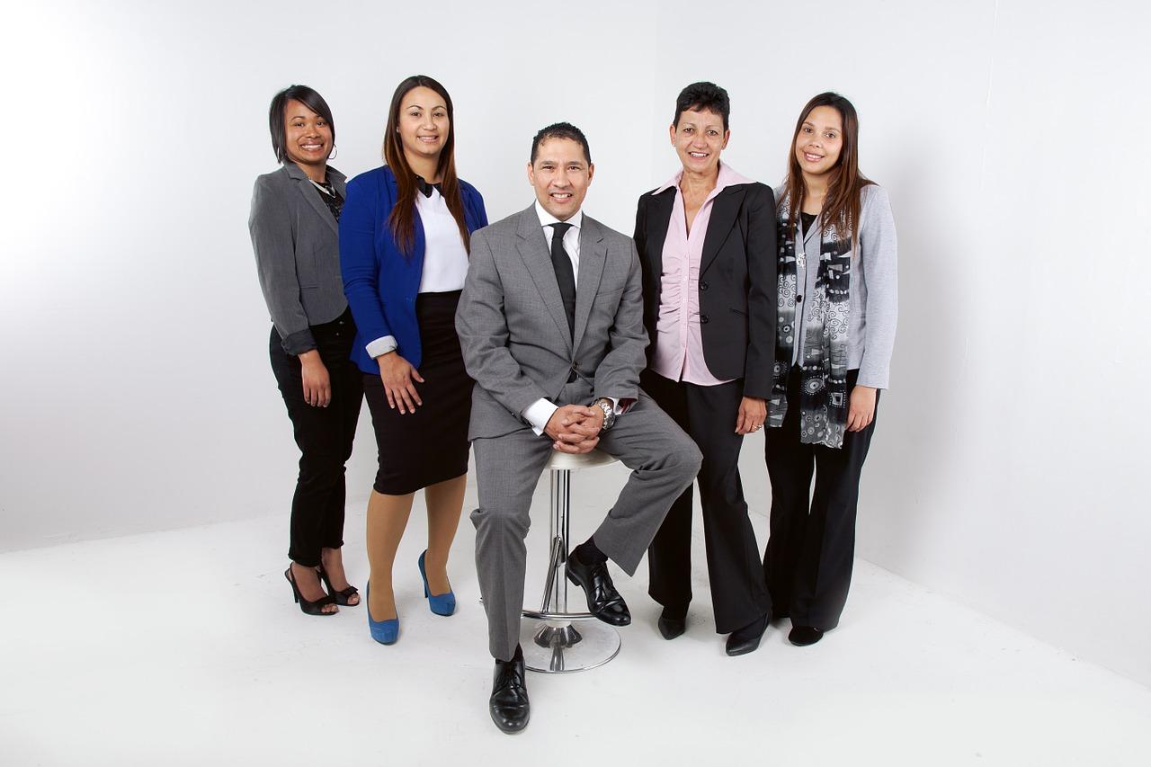 Hire retain manage elite procurement talent