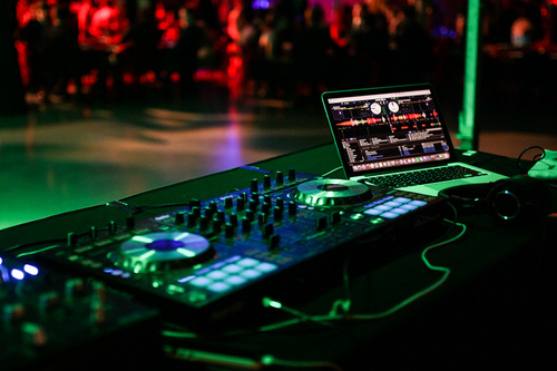 Christchurch Dj Hire For Hire Rent Or Rental In