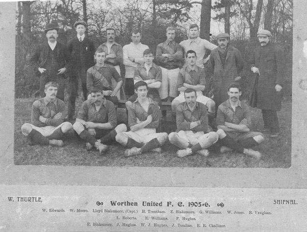 Worthen Football Team 1905 to 1906