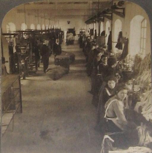Making Hosiery in Ireland at the turn of the Twentieth Century