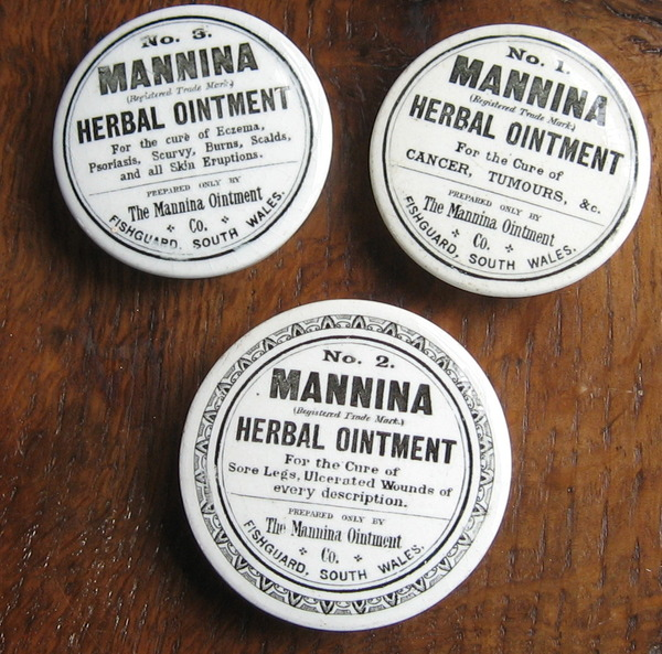 Mannina Herbal Ointment