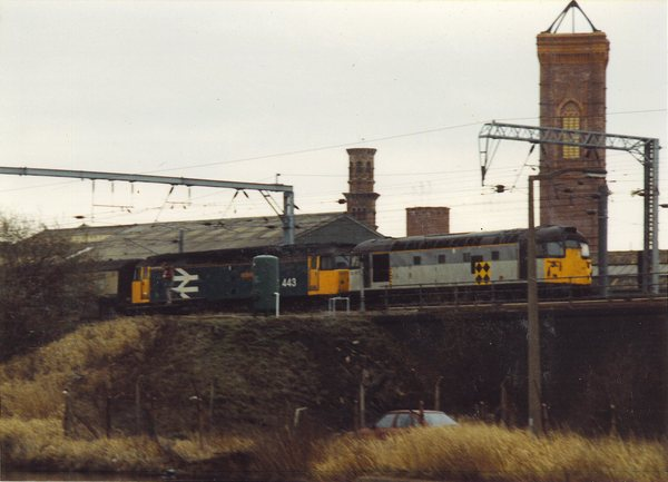 "26007 plus 47443 ""North Eastern"" at Leeds City North Junction"