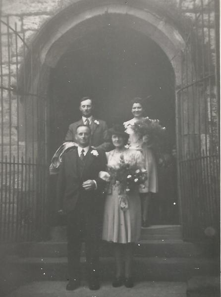 Godfrey & Freda Watkinson - Wedding 1945