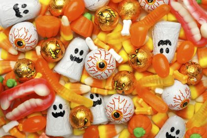 halloween-a-treat-for-retailer