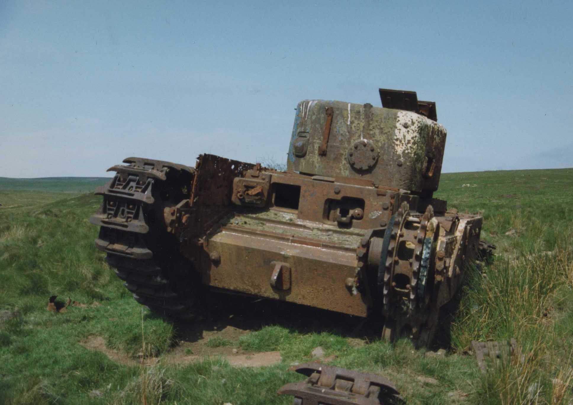 Churchill 4 AVRE front view.jpg
