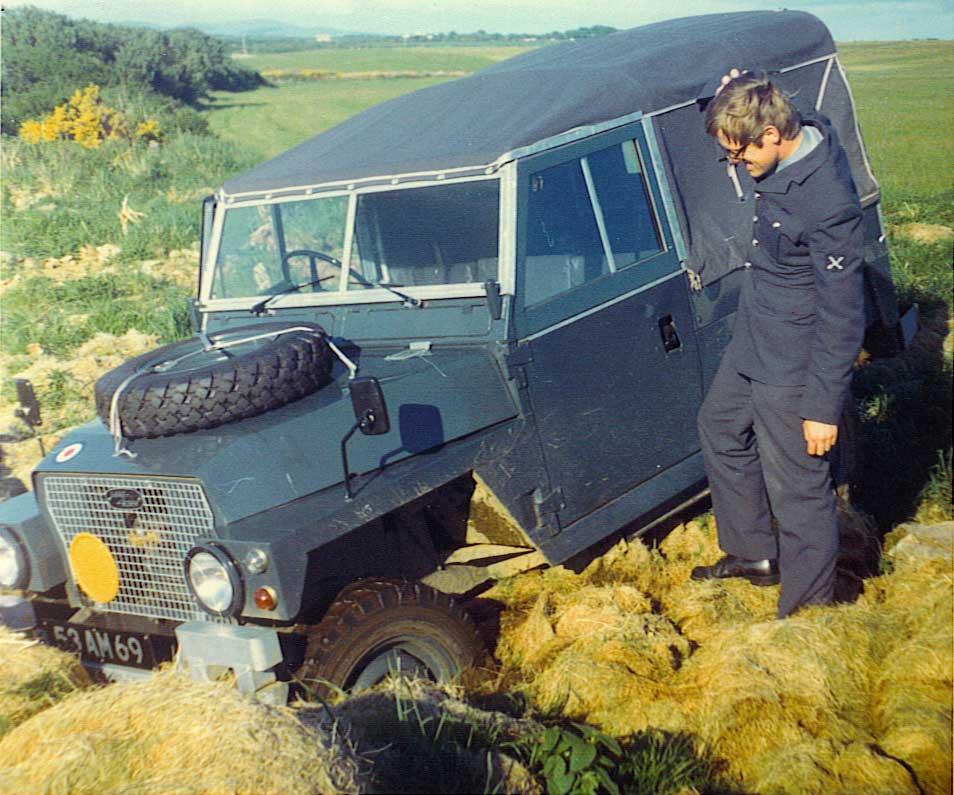 RAF Land Rover Tilt Colour?