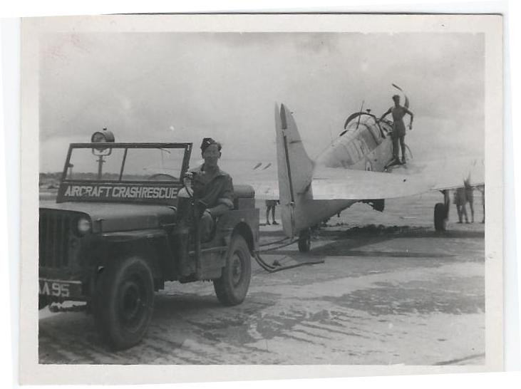 Jeep Towing Plane.jpg