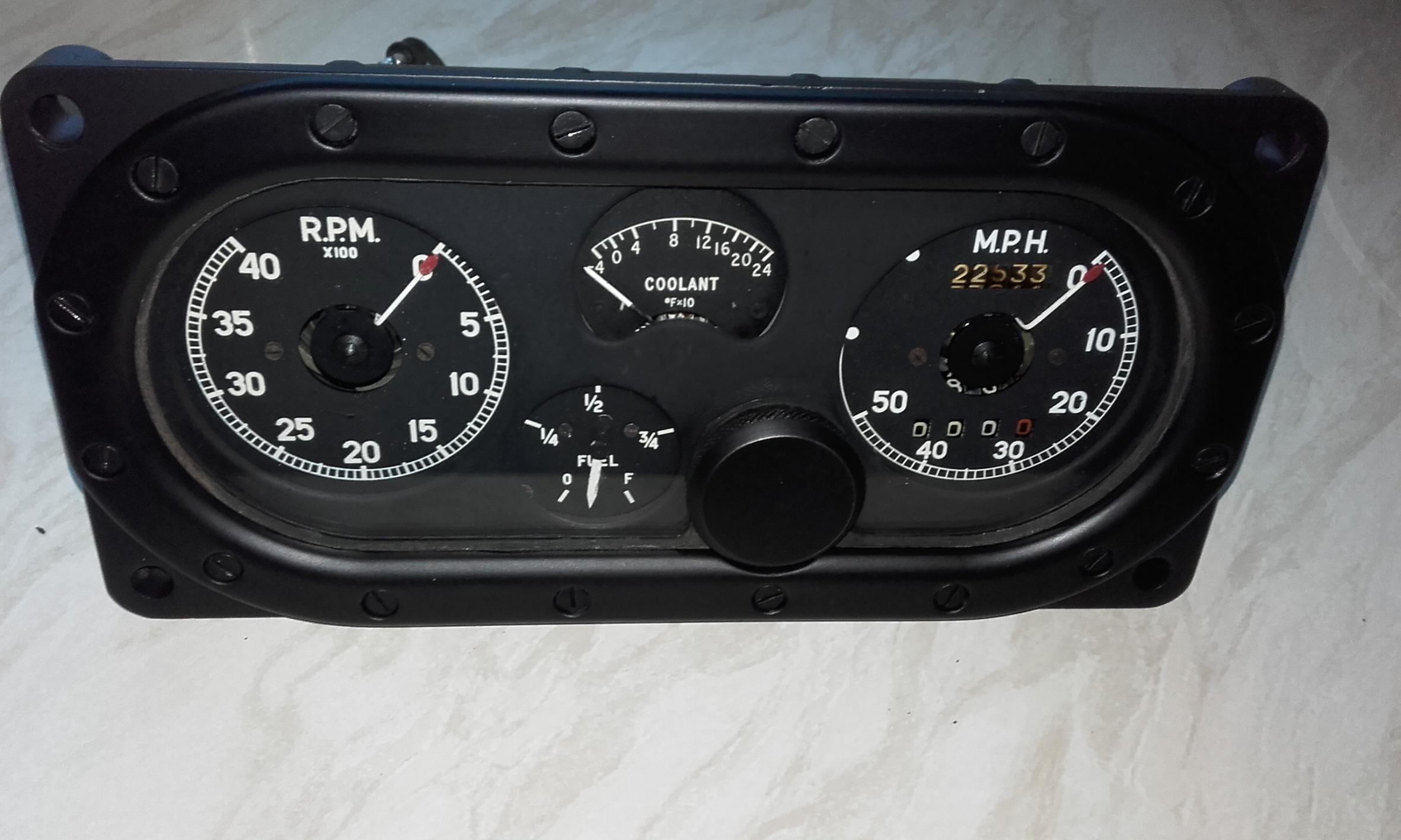 158 Refurb Gauges.jpg