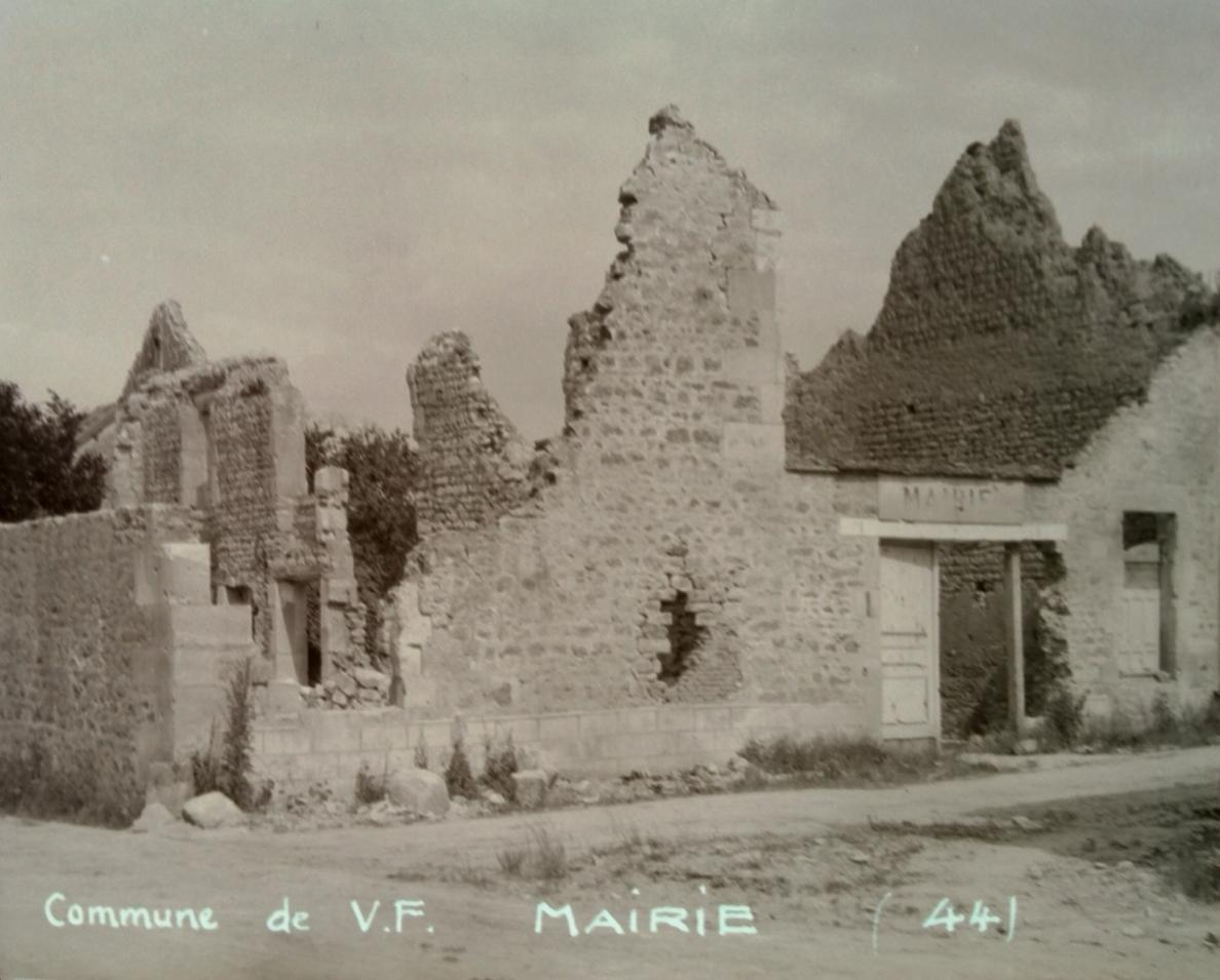 french house 44 neg vf   .jpg