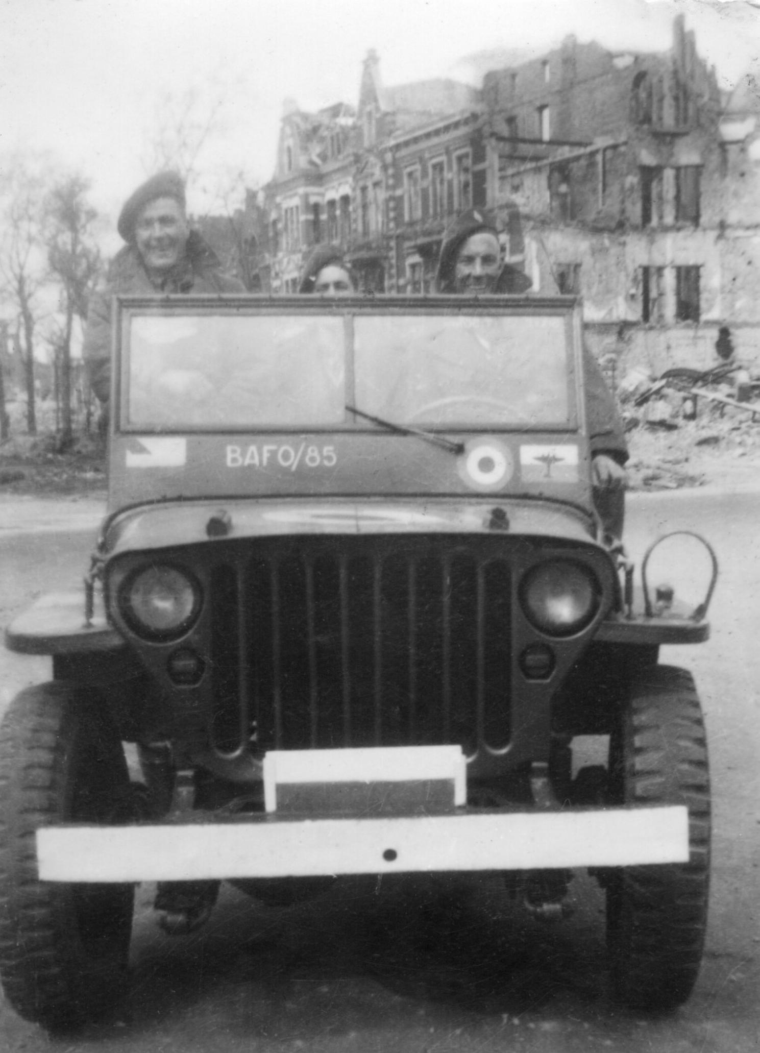 RAF Jeep 1946 Germany.jpg