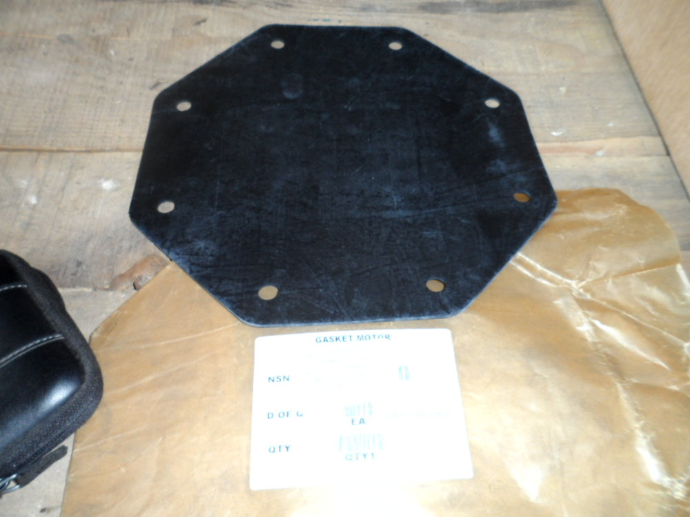 landrover110 body panel and gasket 006.JPG