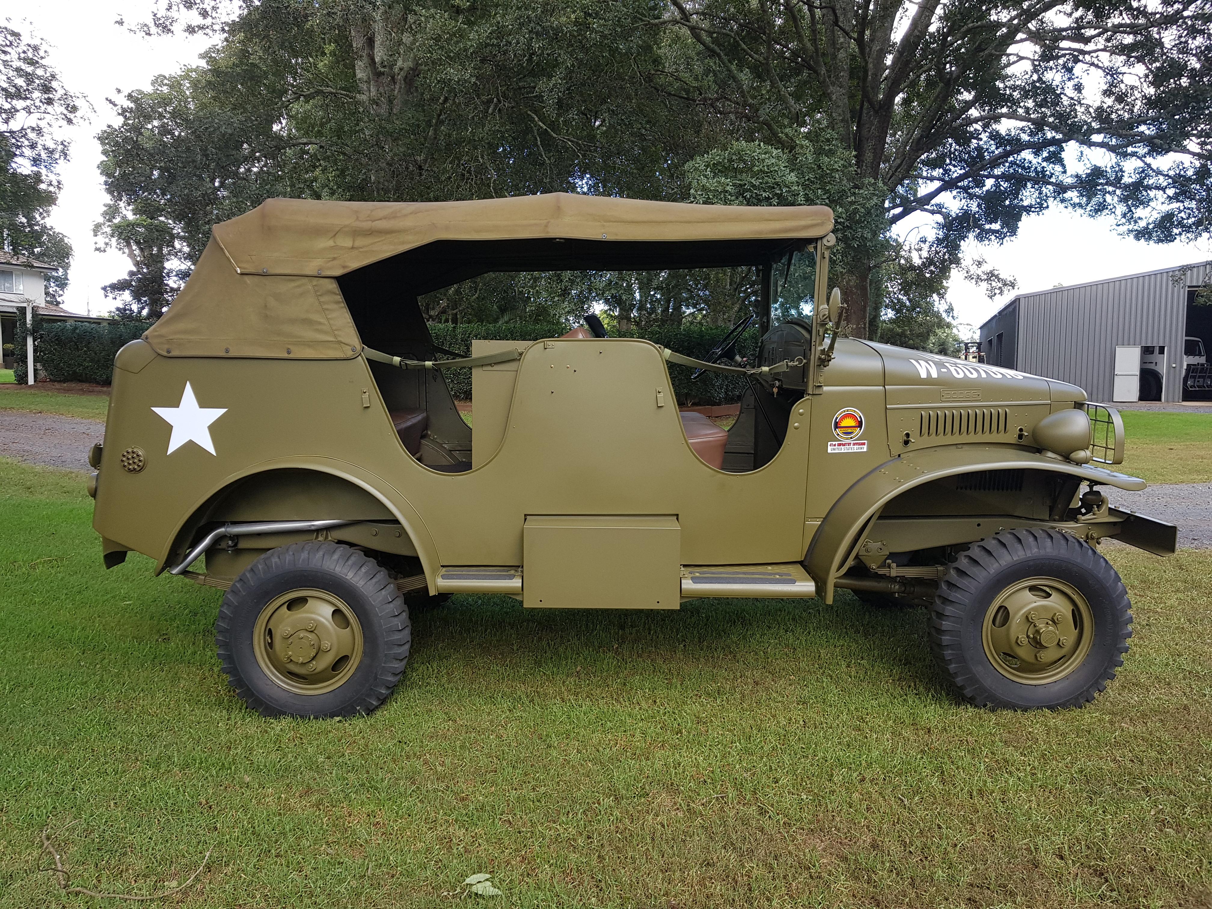 1941 dodge wc-16 1  2t radio command car