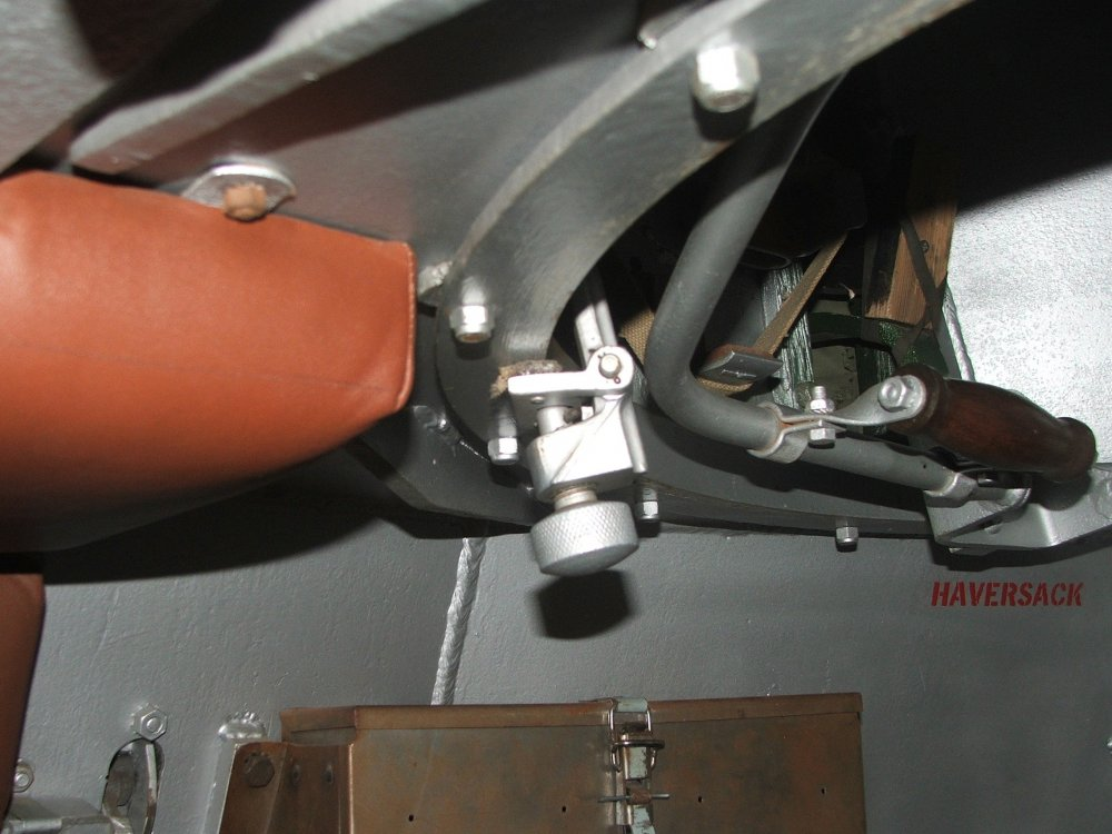Turret ring locking assy 1.JPG