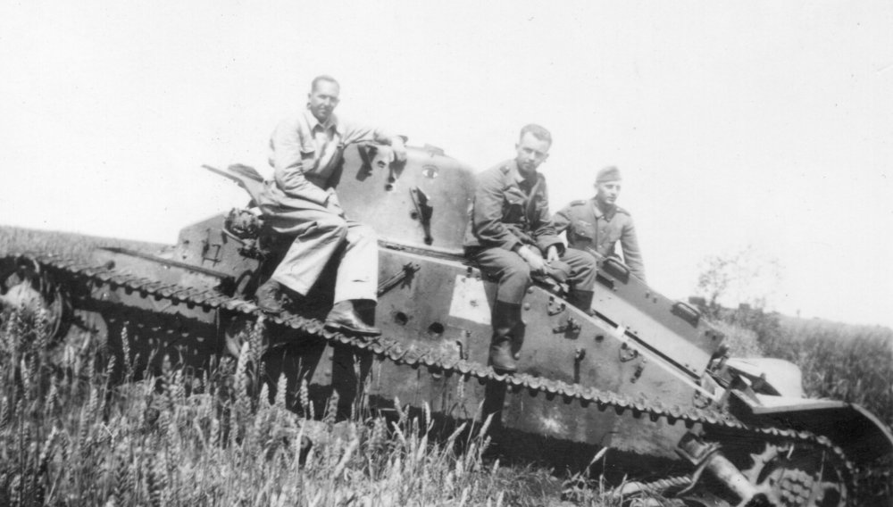 tank bef 1940 shot up.jpg