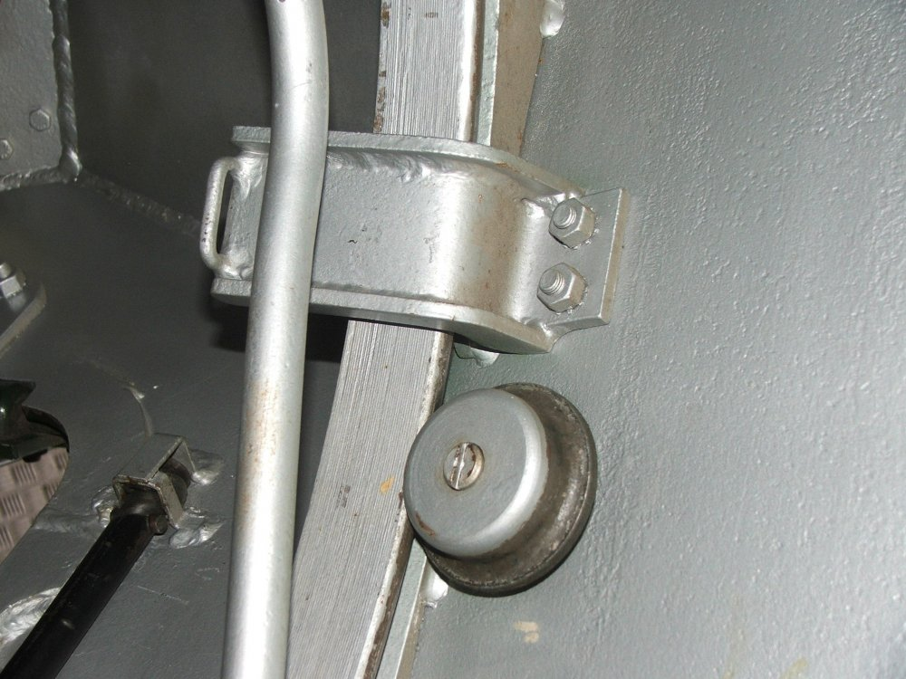 Turret ring fixing bracket 3.JPG