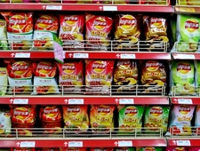 A Review of the Foreign Flavors of Lay's in China photo